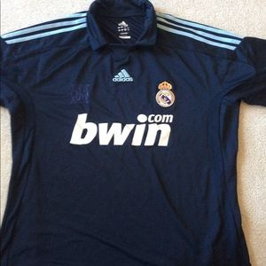 huge selection of 14e17 487ff Real Madrid jersey with collar- LFP Adidas sz L